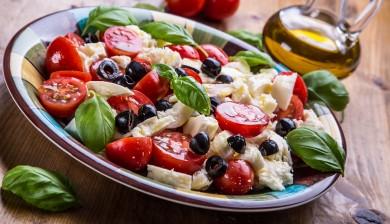 Mediterranean Diet Prevents Fractures
